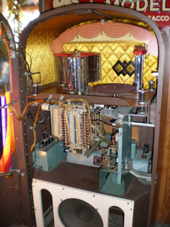 Model 1426 Phonograph Jukebox Music By Rock Ola Mfg Corp